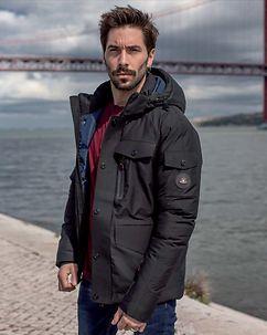 Lostriker Winter Jacket Black